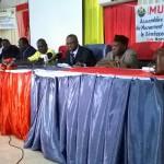 Ph/DR-: Quelques membres du Bureau exécutif ; au microphone, le Pr Gbago Barnabé, président du Mudeb