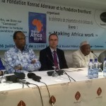Cérémonie de présentation et de dédicace du livre / «Making Africa work » en français «L'Afrique en marche » : Un guide pratique pour les décideurs politiques africains