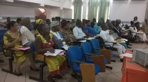 Une vue des participants à la rencontre d'information.