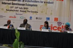 Ph: DR: Le présidium à l'ouverture des travaux à Banjul