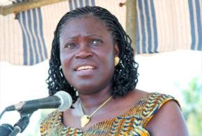 Présidentielle en Côte-d'Ivoire: Simone Gbagbo juge la candidature de Ouattara illégale et suggère un report du scrutin