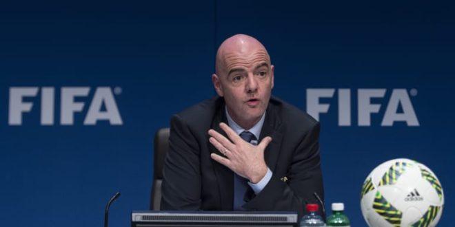 Sport / Afrique : Le Président de la FIFA soutient le redémarrage du football africain au Cameroun