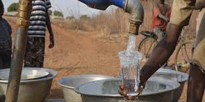 Rapport semestriel sur l'accès de l'eau potable en milieu rural au Bénin : 11 Départements dont 74 Communes ont bénéficié de ce programme national.